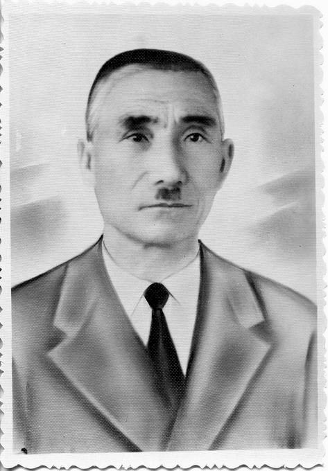 Аруп Сейтметов.